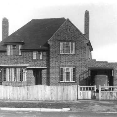 Alveston.  A modern house
