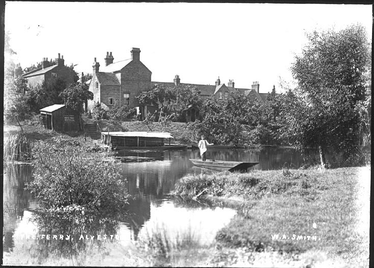 The ferry at Alveston.  1910s    IMAGE LOCATION: (Warwickshire County Record Office)
