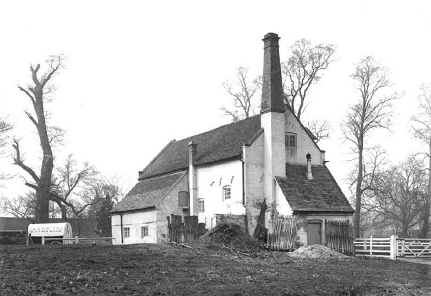 Clifford Chambers Old Mill.  1900s |  IMAGE LOCATION: (Warwickshire County Record Office)