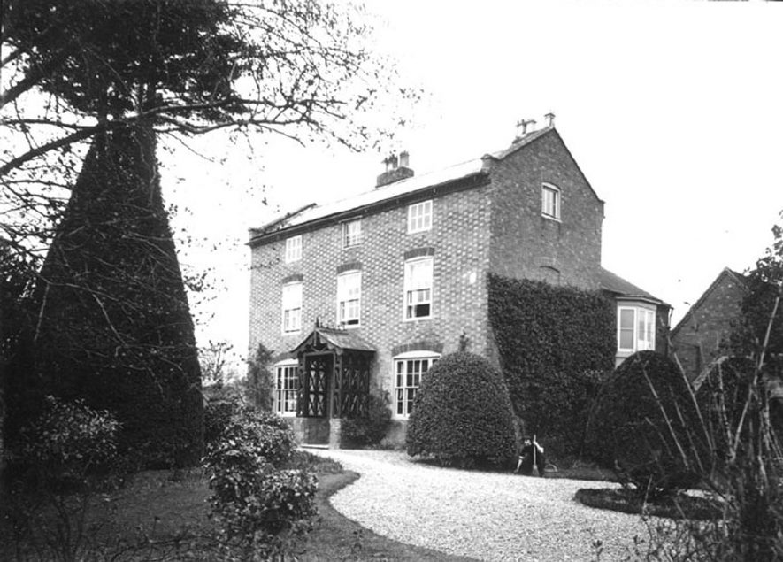 A house built of brick, Clifford Chambers.  1900s |  IMAGE LOCATION: (Warwickshire County Record Office)