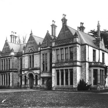 Ettington.  House