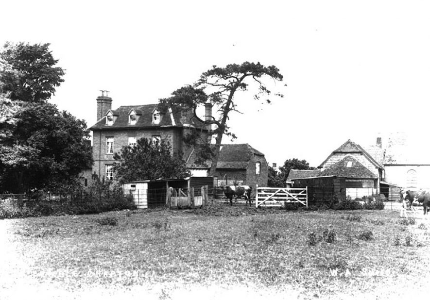 An unnamed farm in Temple Grafton.  1900s