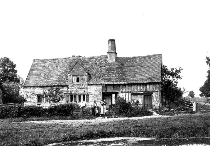 Old, part timber framed house in Long Marston.  1900s |  IMAGE LOCATION: (Warwickshire County Record Office)