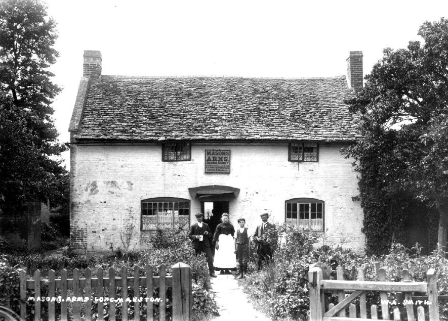The Mason's Arms, Long Marston.  1900s |  IMAGE LOCATION: (Warwickshire County Record Office)