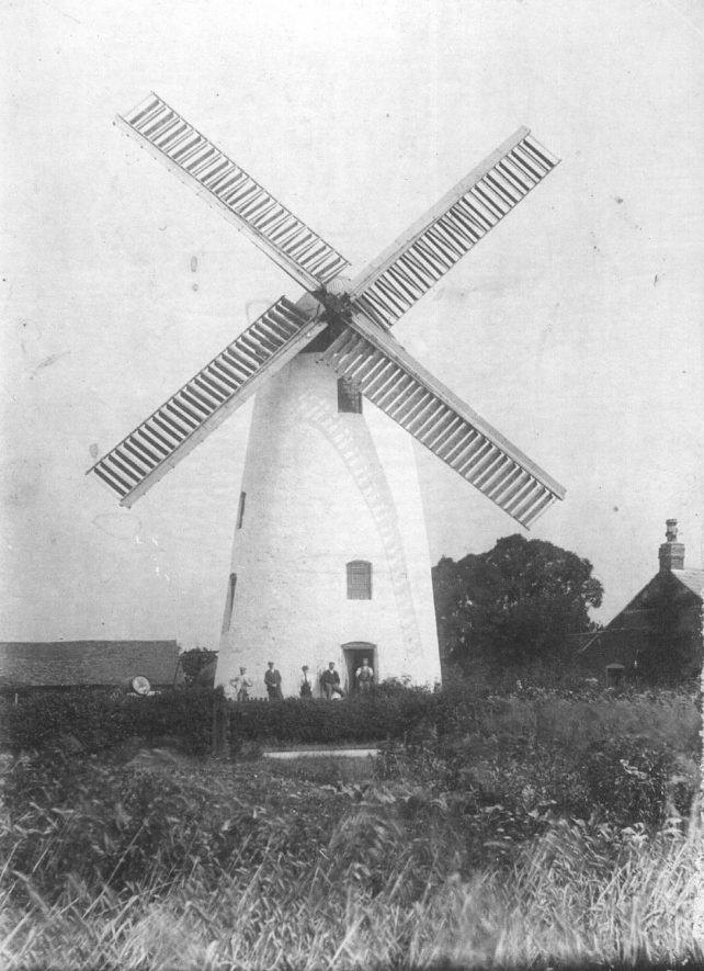 Southam 'Old Mill' Windmill, Welsh Road West.  c.1900