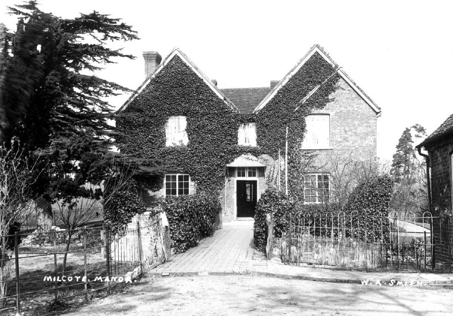 Milcote Manor house, Weston-on Avon.  1900s |  IMAGE LOCATION: (Warwickshire County Record Office)
