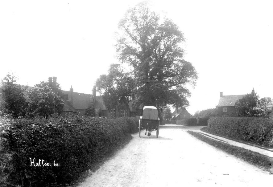 Lane at outskirts of Hatton village, cottages and horse-drawn cart.  1900s |  IMAGE LOCATION: (Warwickshire County Record Office)