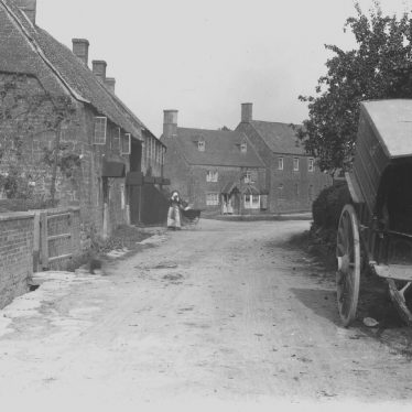 Ilmington.  Village street