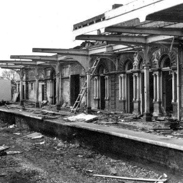 Leamington Spa.  Avenue Road Railway Station