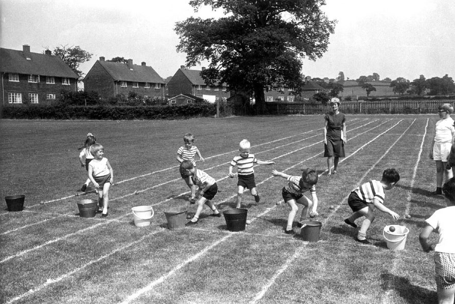 Maxstoke School sports day. Photo by E. G. Miller, 99 Coventry Road, Coleshill.  1960s |  IMAGE LOCATION: (Warwickshire County Record Office)