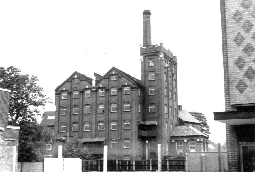 Flour Mill, Nuneaton.  1972 |  IMAGE LOCATION: (Warwickshire County Record Office)