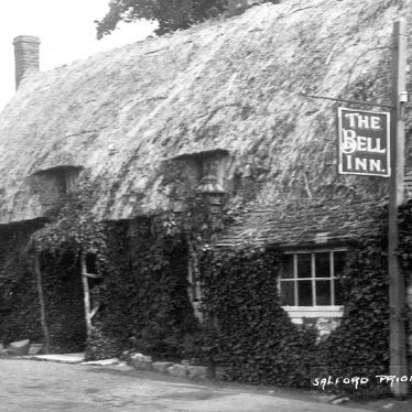 Salford Priors.  Bell Inn