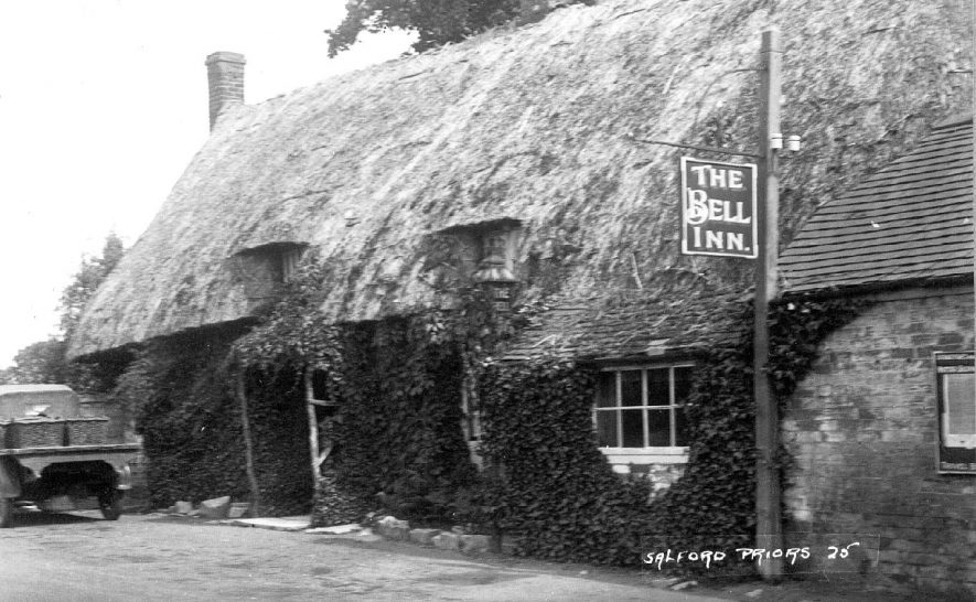 The Bell Inn, Salford Priors.  1920s |  IMAGE LOCATION: (Warwickshire County Record Office)