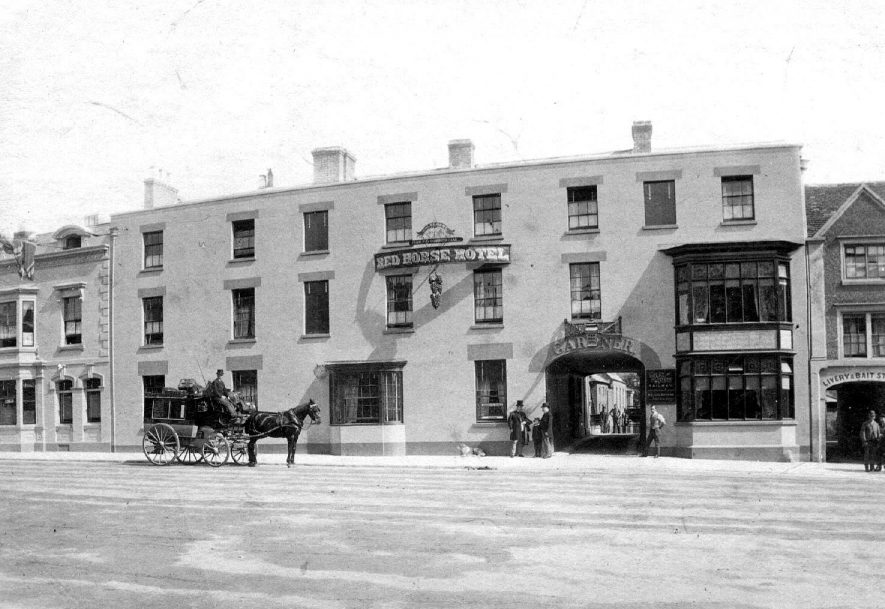 The Red Horse Hotel in Bridge Street, Stratford upon Avon.  1890s |  IMAGE LOCATION: (Warwickshire County Record Office)