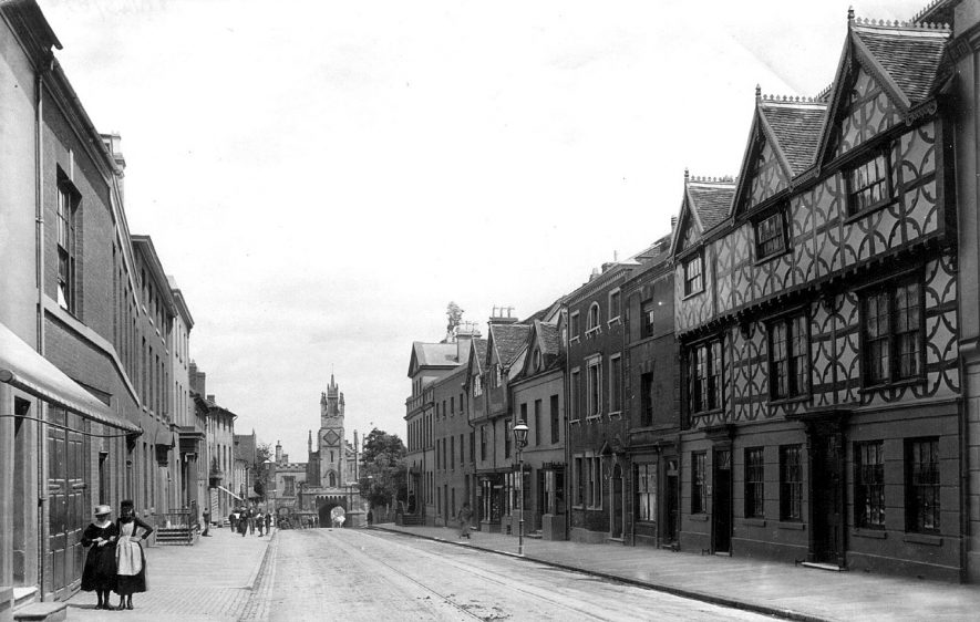 Jury Street and the east gate, Warwick.  1890 |  IMAGE LOCATION: (Warwickshire County Record Office)