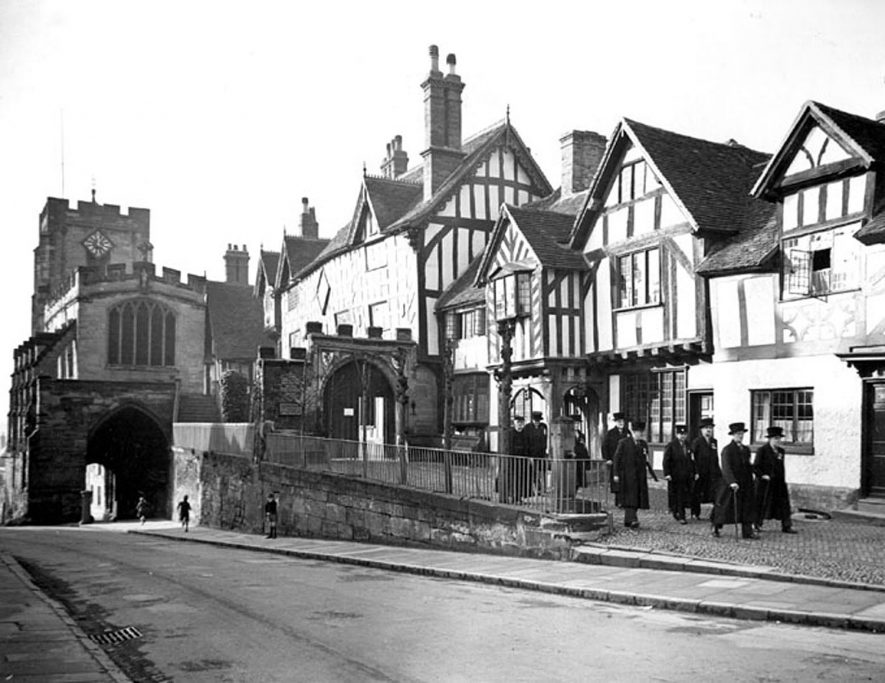 The Lord Leycester Hospital, Warwick.   A procession of the Brethren.  1949 |  IMAGE LOCATION: (Warwickshire County Record Office)