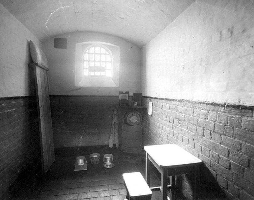 A cell in Warwick prison.  1906 |  IMAGE LOCATION: (Warwickshire County Record Office)