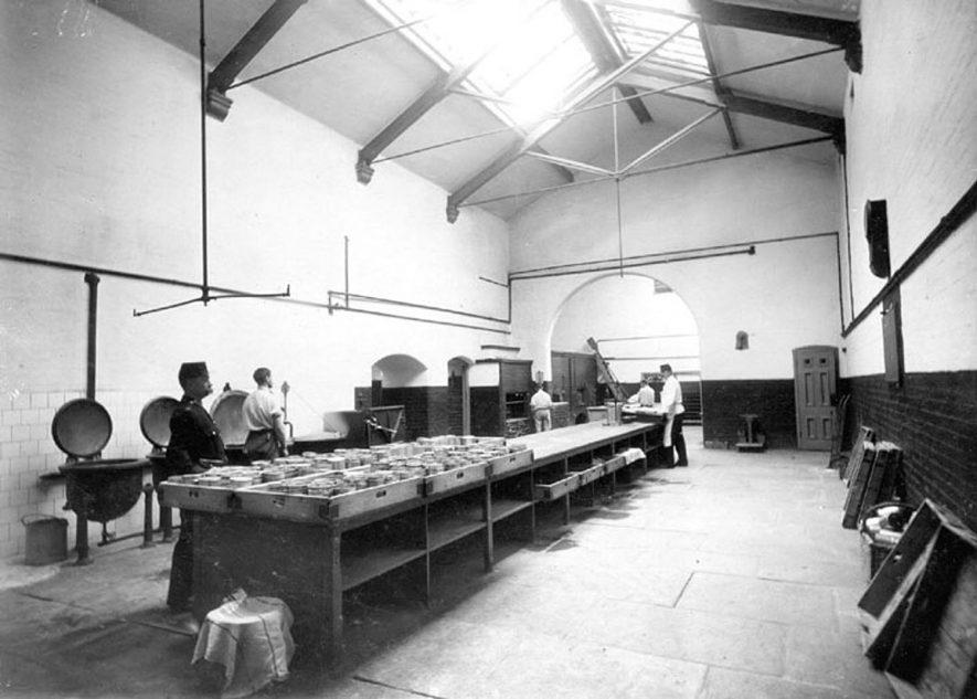 Warwick prison kitchens.  1906 |  IMAGE LOCATION: (Warwickshire County Record Office)