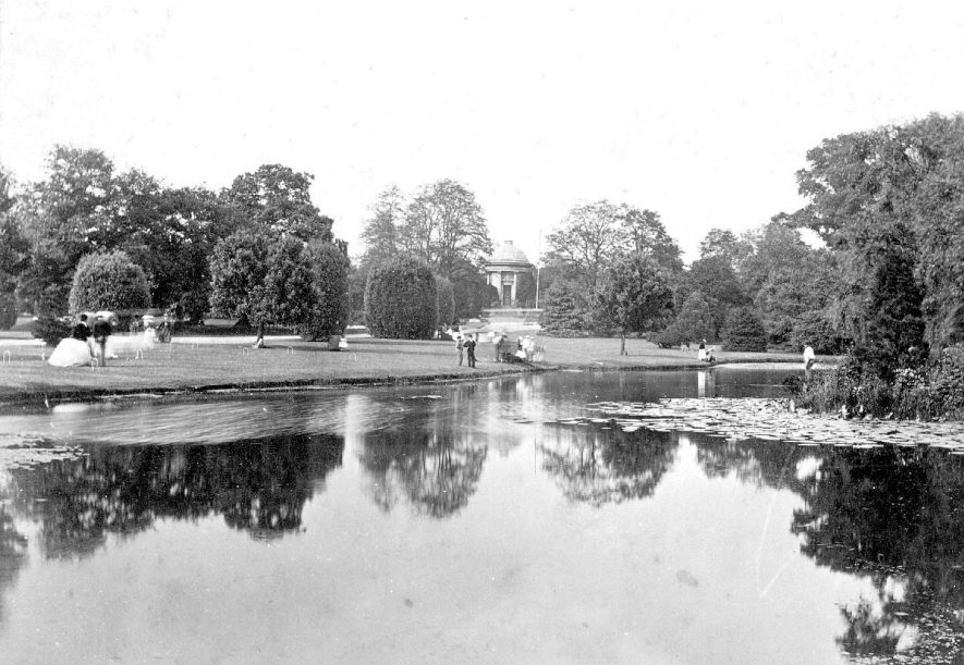 Jephsons Gardens looking across the lake towards Jephsons Memorial, Leamington Spa.  c.1870 |  IMAGE LOCATION: (Warwickshire County Record Office)