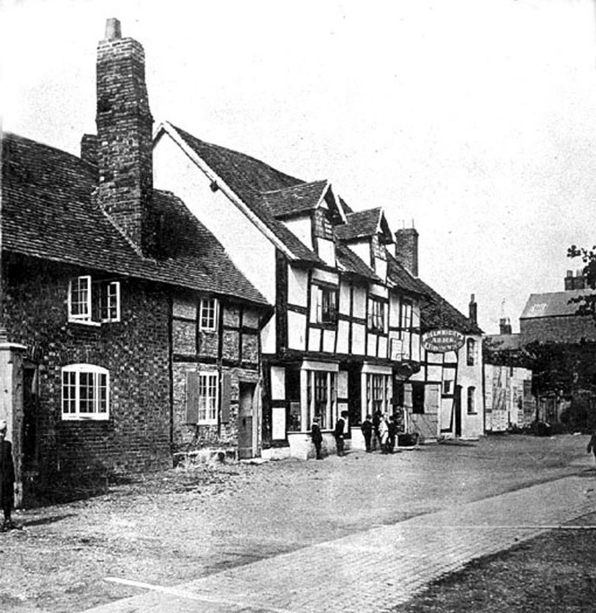 The Millwrights' Arms in Coten End, Warwick.  1890 |  IMAGE LOCATION: (Warwickshire County Record Office)