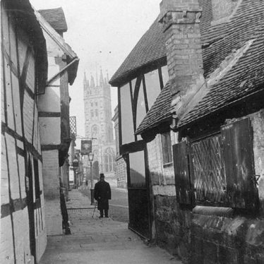 Warwick.  St Mary's Church from Oken's passage