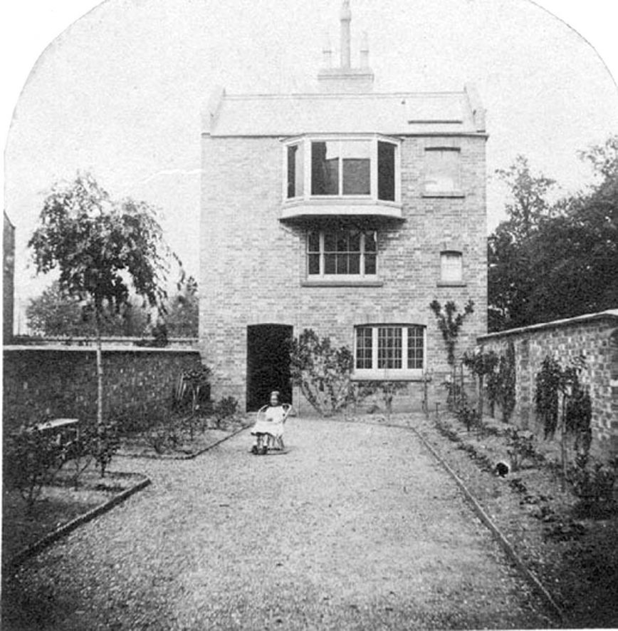 Buckles Laboratory, a building erected at the bottom of no. 5  Beauchamp Square, Leamington Spa, probably to be used as a photographic studio or scientific laboratory.  1850s |  IMAGE LOCATION: (Warwickshire County Record Office)