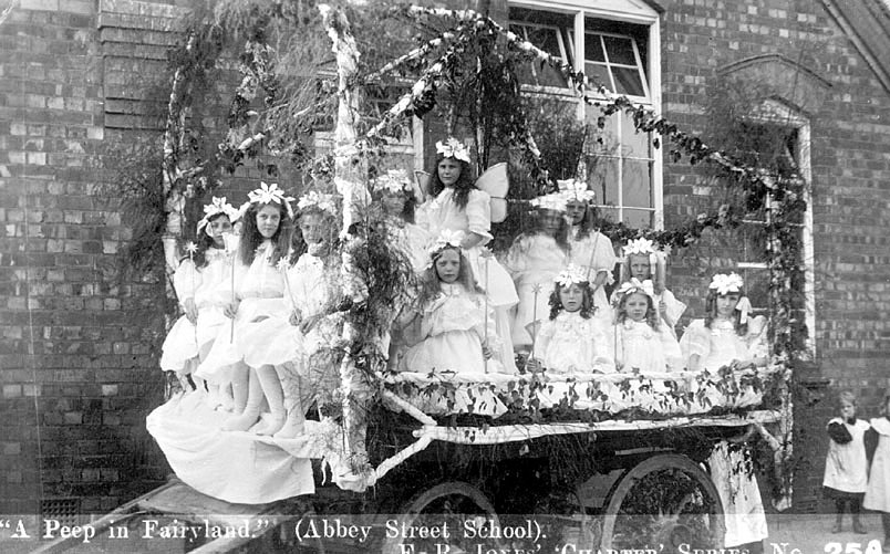 Abbey Street School, children in fancy dress, Nuneaton.  1920s |  IMAGE LOCATION: (Warwickshire County Record Office)