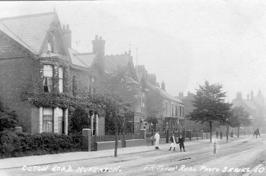 Houses and people in Coton Road, Nuneaton.  1900s |  IMAGE LOCATION: (Warwickshire County Record Office)