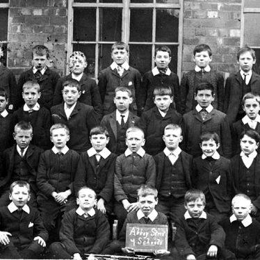 Nuneaton.  Abbey Street School class