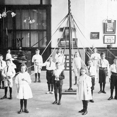 Nuneaton.  Abbey Street School pupils with maypole