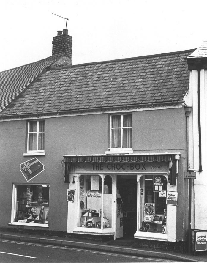 11, Daventry Road (The Choc Box), Southam.  c. 1973 |  IMAGE LOCATION: (Warwickshire County Record Office)