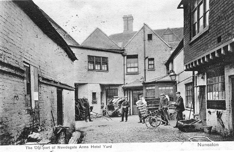 The old part of The Newdegate Arms Hotel yard, Nuneaton.  1900s |  IMAGE LOCATION: (Warwickshire County Record Office)