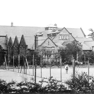 Nuneaton.  Girl's High School