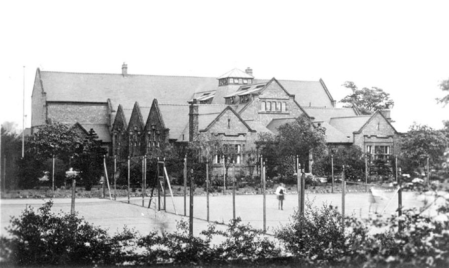 Exterior of The Girl's High School, Nuneaton.  1920s |  IMAGE LOCATION: (Warwickshire County Record Office)