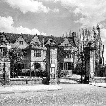 Warwick.  St John's House