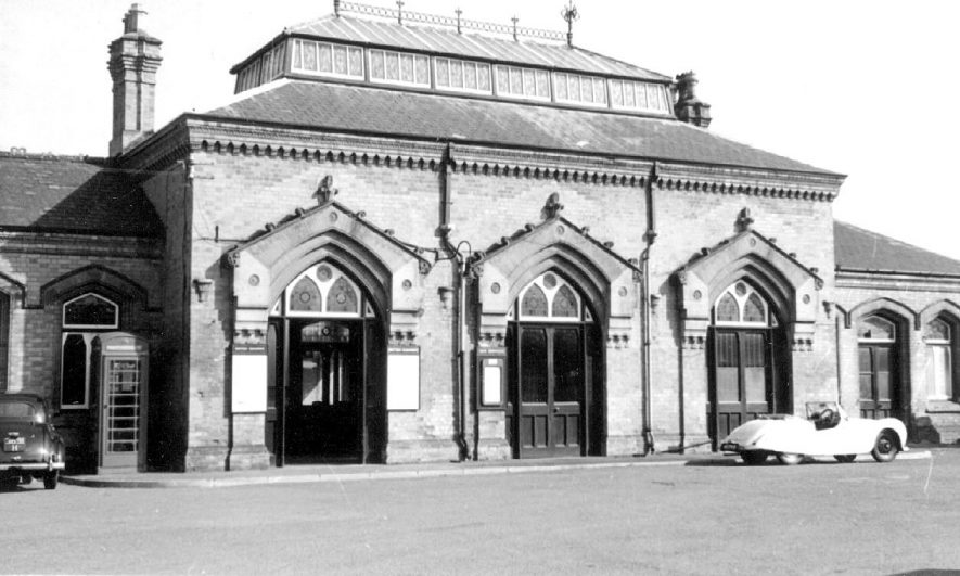 Kenilworth Railway Station exterior.  1964 |  IMAGE LOCATION: (Warwickshire County Record Office)