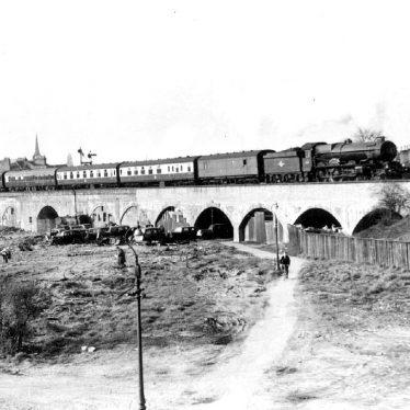 Leamington Spa.  Railway viaduct