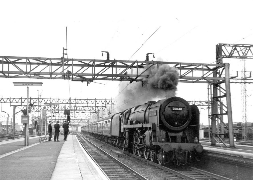 Blackpool to Euston express passing through Nuneaton Trent Valley Station, hauled by Britannia class loco N. 70048 named