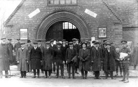 First batch of recruits from Rugby under Lord Derby's' scheme outside The Royal Warwickshire Regiment's recruiting station.  January 1916 |  IMAGE LOCATION: (Warwickshire County Record Office)