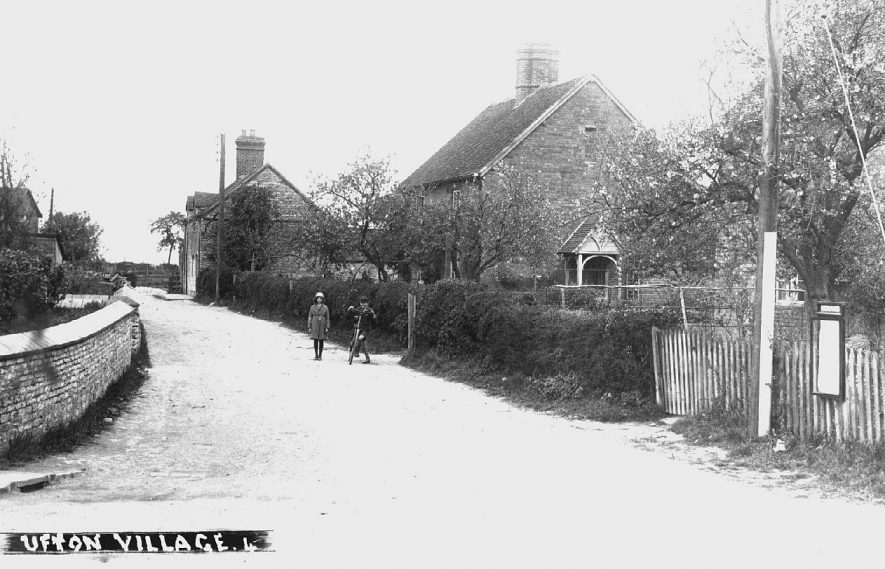 View of village street, Ufton.  c.1930 |  IMAGE LOCATION: (Warwickshire County Record Office) IMAGE DATE: (c.1930)