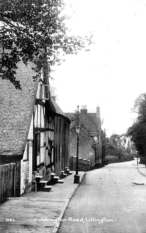 Cottages in Cubbington Road, Lillington.  1905 |  IMAGE LOCATION: (Warwickshire County Record Office)