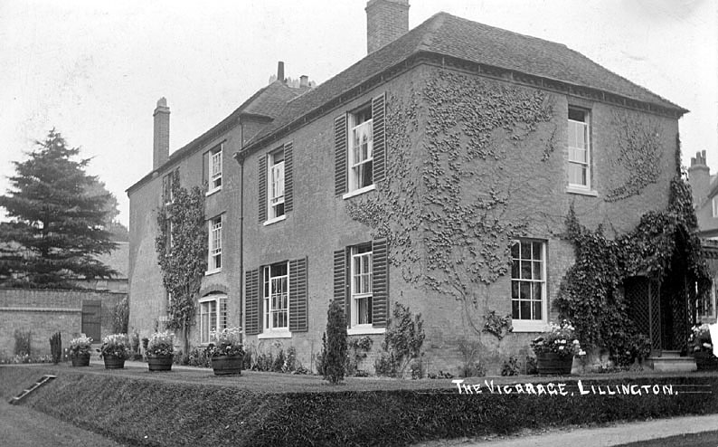 The Vicarage, Lillington.  1900s    IMAGE LOCATION: (Warwickshire County Record Office)