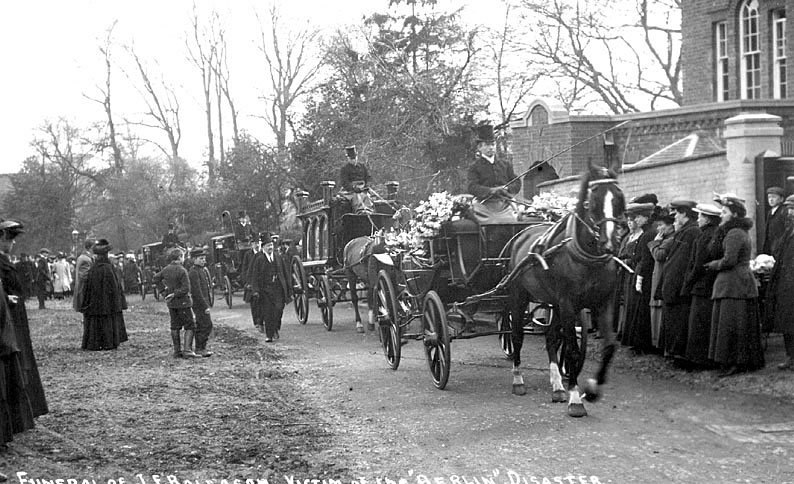Funeral procession of Mr. John Francis Rollason, 1887-1907, a well known Leamington jockey, buried in Lillington. He was drowned in the sinking of the