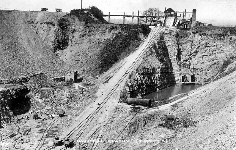 Tippett's quarry and railway, Hartshill.  1910s |  IMAGE LOCATION: (Warwickshire County Record Office)