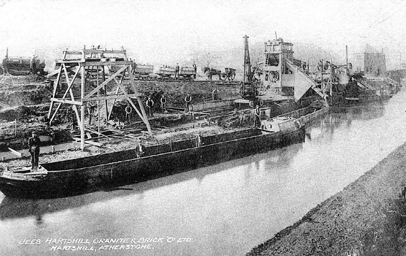Hartshill quarry of Granite & Brick Co.  Canal wharf.  1910s |  IMAGE LOCATION: (Warwickshire County Record Office)