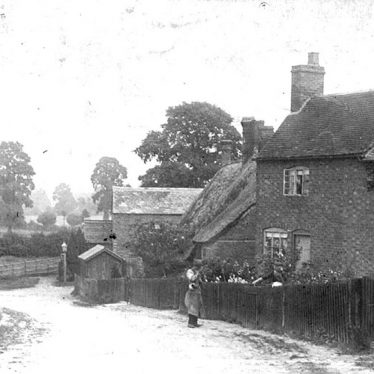 Moreton Morrell.  Cottages