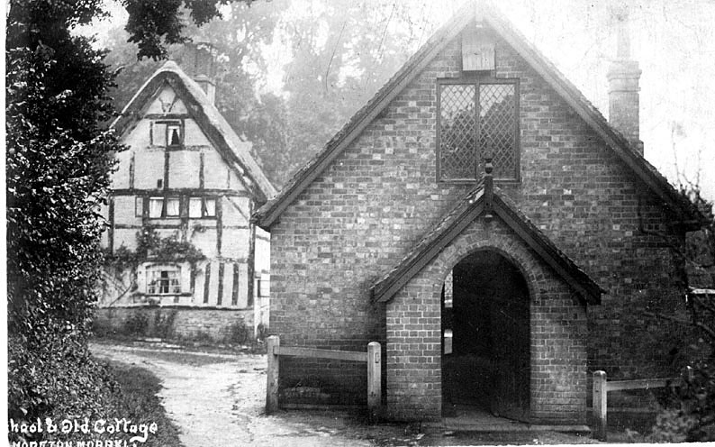 School and old cottage in Moreton Morrell.  1900s |  IMAGE LOCATION: (Warwickshire County Record Office)