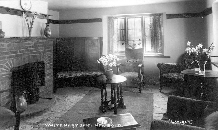 Interior view of The White Hart Inn, Newbold on Stour.  1940s |  IMAGE LOCATION: (Warwickshire County Record Office)
