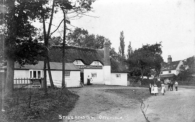 The Stag's Head Inn at Offchurch.  1900s |  IMAGE LOCATION: (Warwickshire County Record Office)