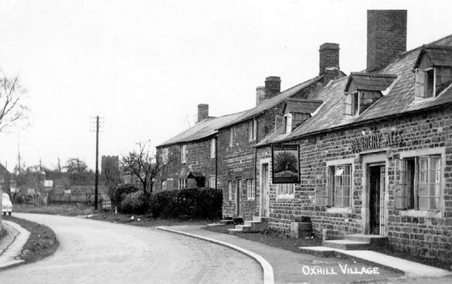 Village Street showing the Peacock Inn, Oxhill.  1950s |  IMAGE LOCATION: (Warwickshire County Record Office)